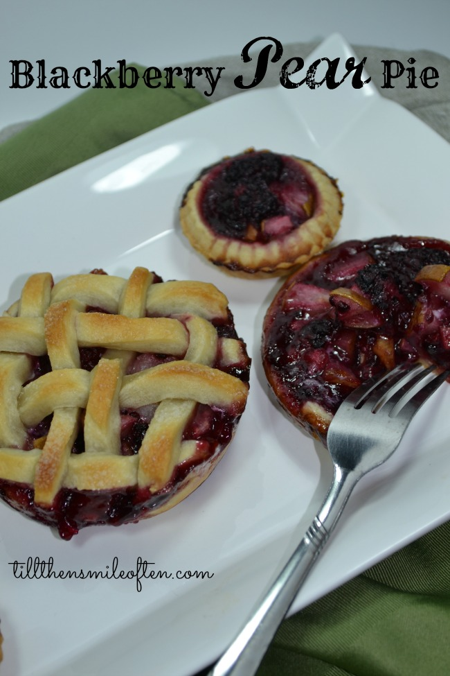 Blackberry Pear Pie
